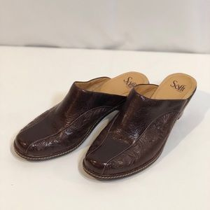 Sofft Tooled Brown Leather Clogs/Mules Size 11